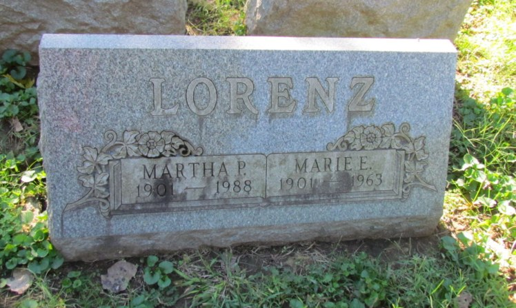 Martha Marie Lorenz grave