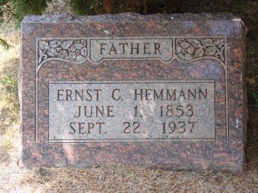Ernst Hemmann tombstone