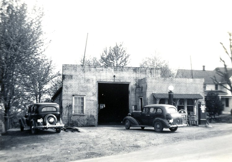 Altenburg Garage late 30's