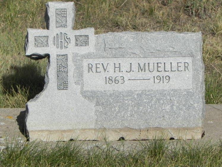 Rev. H.J. Mueller gravestone