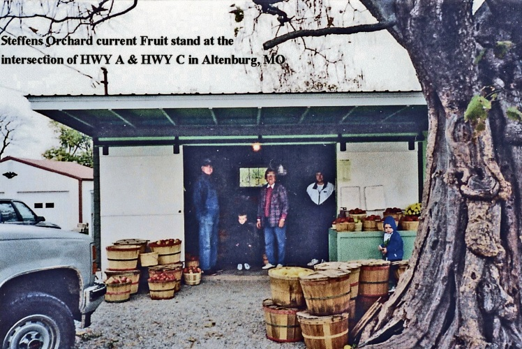 steffens-fruit-stand-hwy-a-c-x