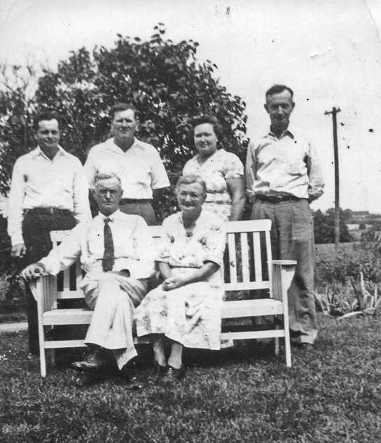 holt-family-1950