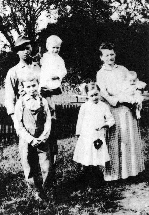 joseph-holt-family