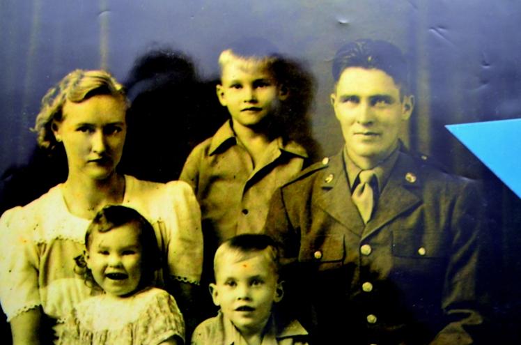 barney-schuessler-family