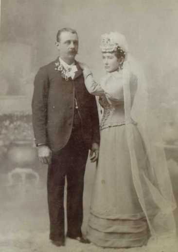 Martin and Amalie Groh 1895