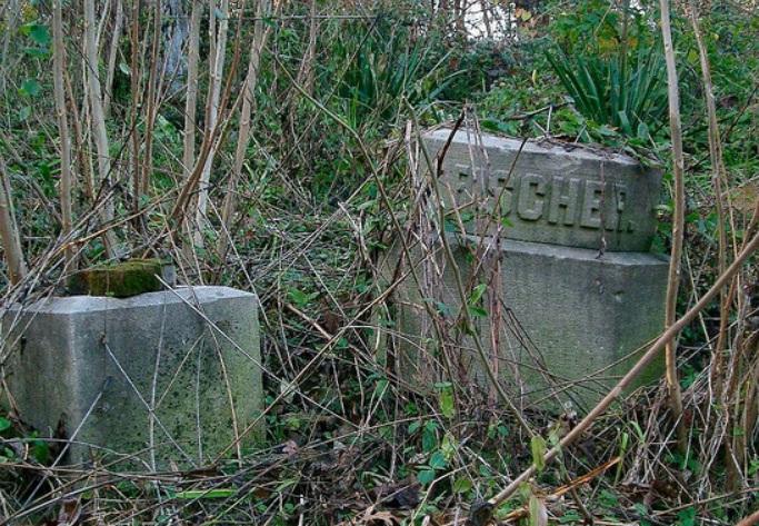 fischer-gravestones-collinsville