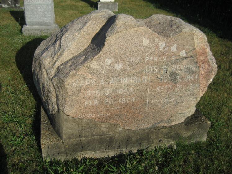 joseph-and-maria-weinhold-gravestone