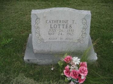 Katie Lottes gravestone