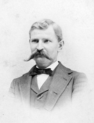 Oswald Schade early