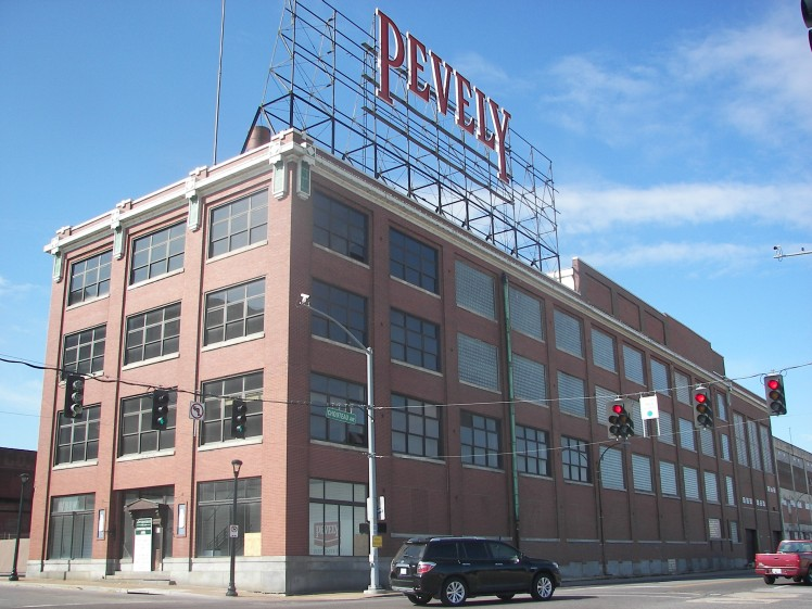 pevely_dairy_company_plant_office_building_southwest_view