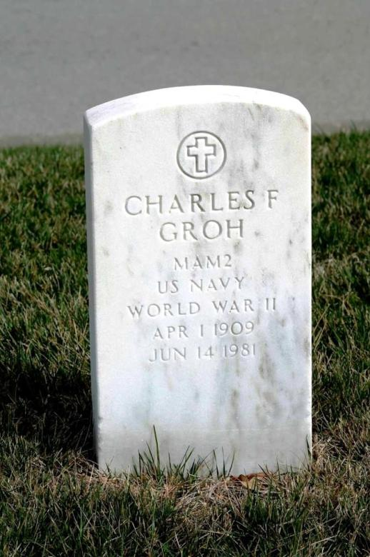 Carl Groh tombstone