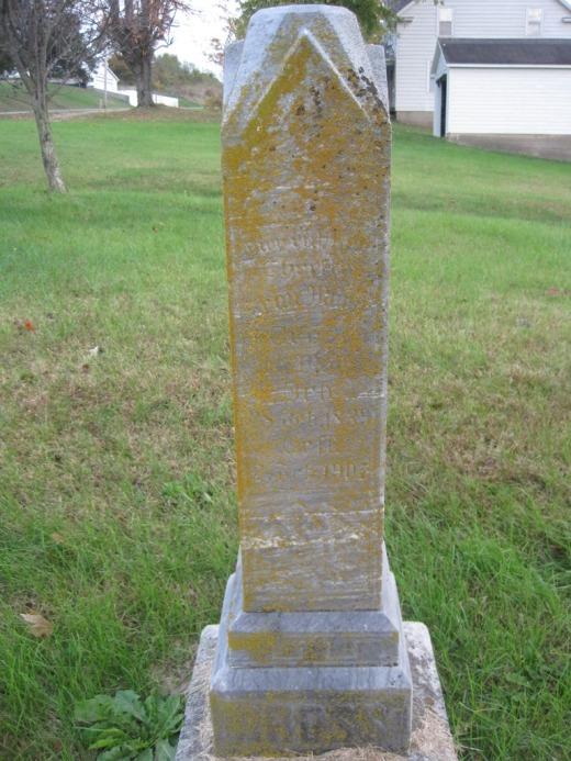 Maria Mueller Hoffmann Grosse gravestone