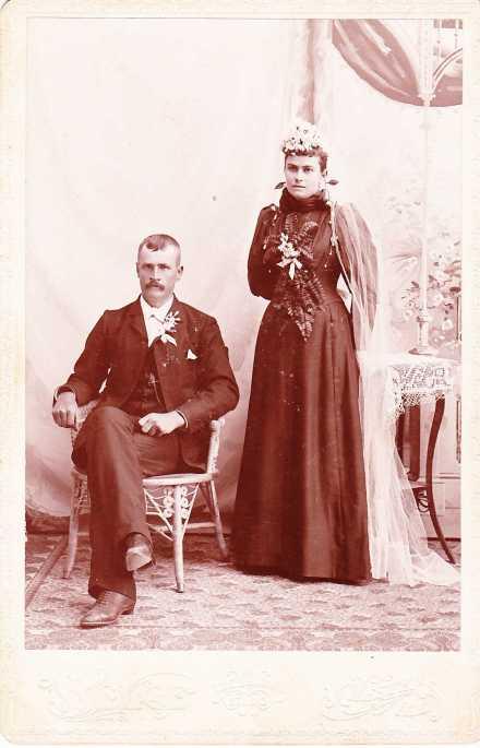 Jacob and Bertha Darnstaedt wedding