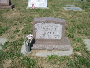 Martin Rauh gravestone