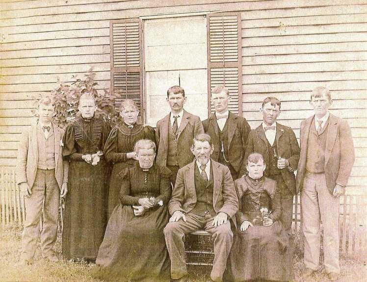 Traugott Kaempfe family 1899