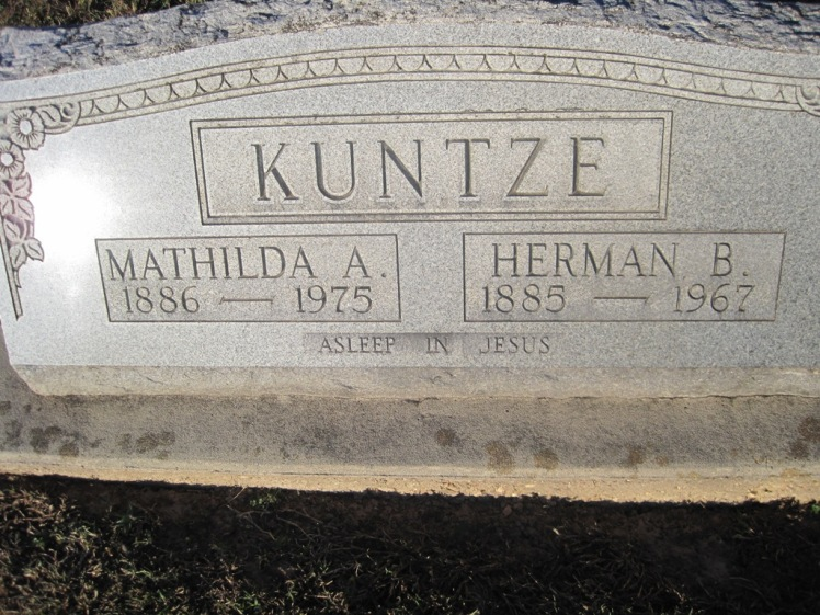 Herman and Mathilda Kuntze gravestone Immanuel Altenburg