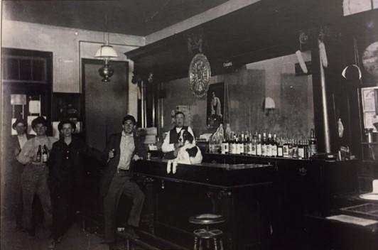 Mayhew Tavern Wittenberg