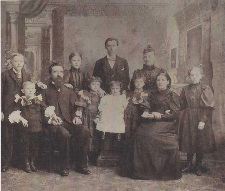 Erich Mueller family c.1894