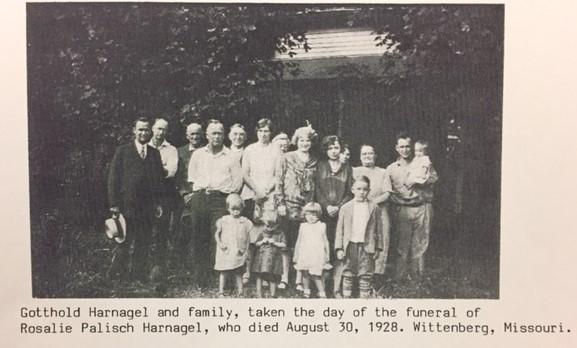 Gotthold Harnagel family 1928