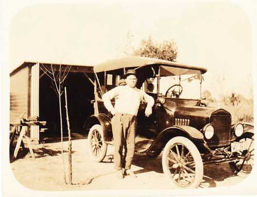 August Fritsche and automobile