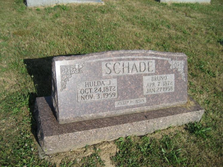 Bruno and Hulda Schade gravestone Trinity