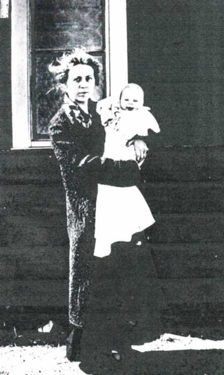 Irma Dippold with Evelyn