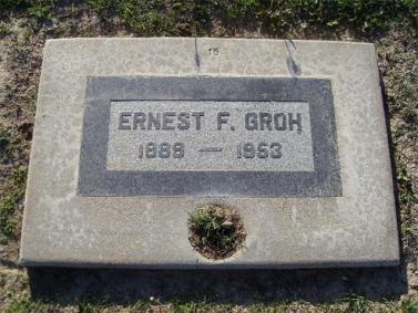 Ernest Groh gravestone
