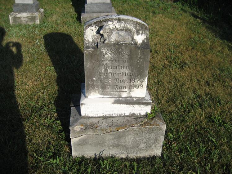 Pauline Holt Niederstadt gravestone Wittenberg
