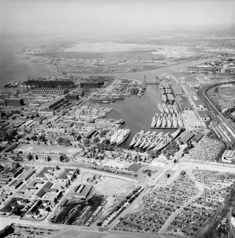 Philadelphia_Naval_Shipyard