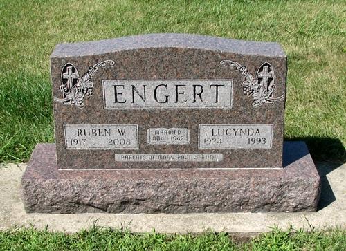 Ruben and Lucynda Engert gravestone