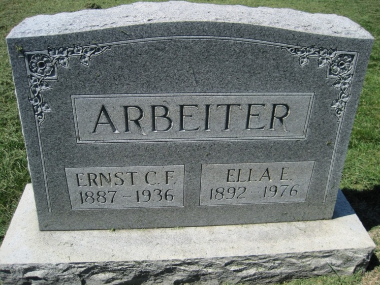Ernst and Ella Arbeiter gravestone Christ Jacob IL