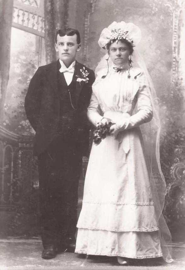 Gottlieb and Mary Hoehn Boxdorfer wedding