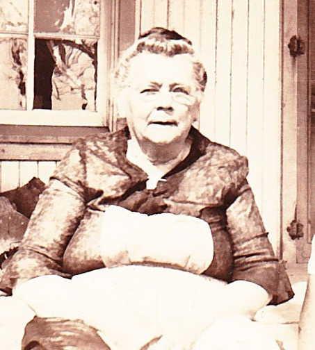 Anna Thurm Arensburg