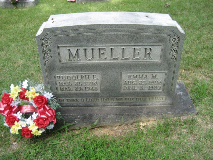Rudolph Eugene and Emma Mueller gravestone Zion Longtown