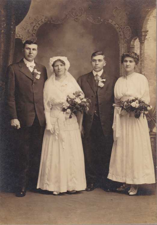 Rudolph and Frieda Hopfer wedding 1