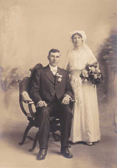 Rudolph and Frieda Hopfer wedding 2