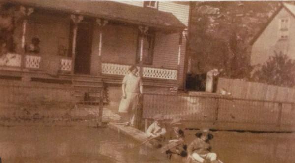 Walther Weinhold house Wittenberg flood