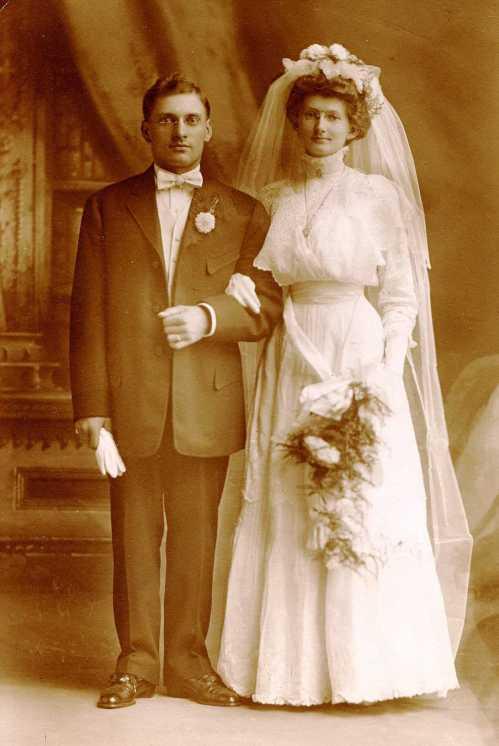 Luepke Hueschen wedding