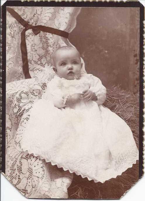Wilma Bergmann Dickmann baby