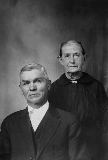Henry and Bertha Schmidt Puchbauer