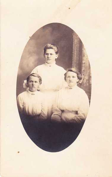 Darnstaedt daughters