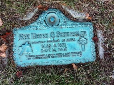 Henry Schuessler gravestone Michigan Memorial Park, Detroit, MI