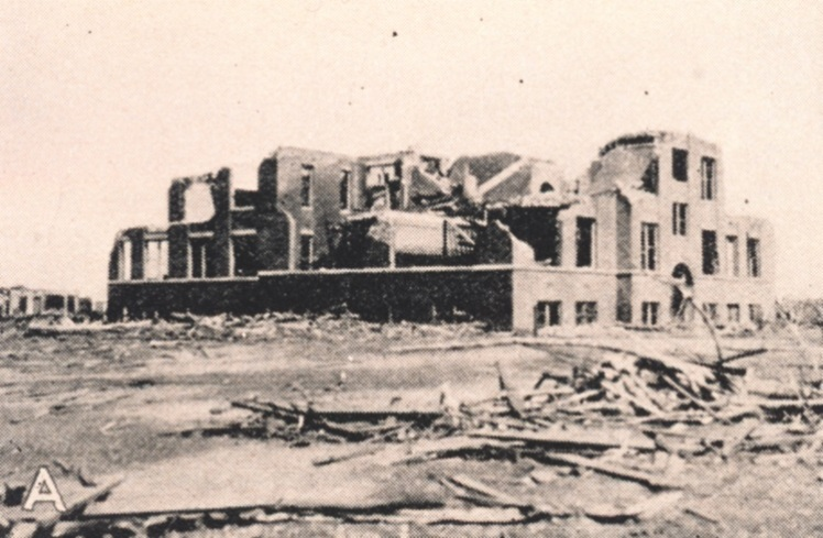 tri-state-tornado-damage-longfellow-school-murphysboro-illinois-545012cb7cae7492cf5b18e0e274533feb108ecdf82f869ac6dba32001aa930f
