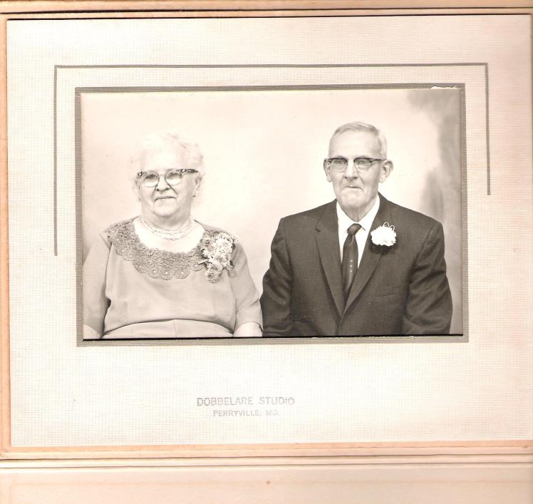 Alvin and Alma Hoehn 50th Ann.3jpg