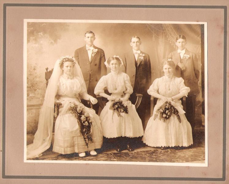 Alvin and Alma Hoehn Wedding3
