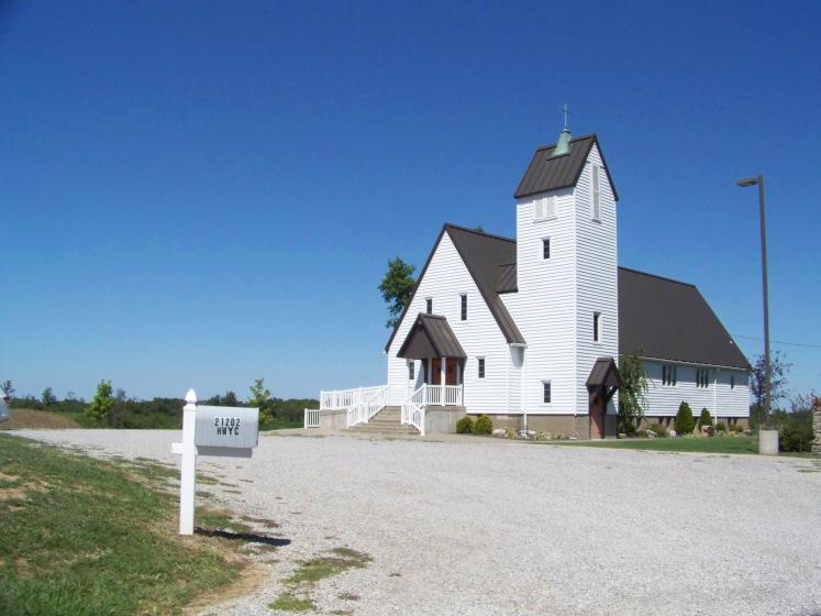 Zion_Lutheran_Church,_Crosstown,_Missouri,_post-tornado