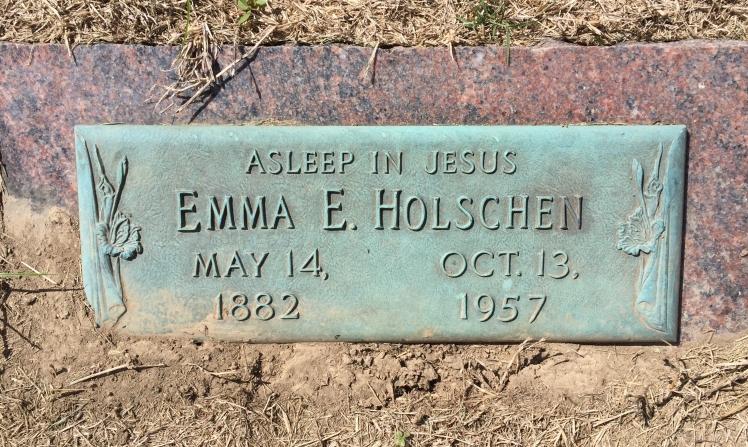 Emma Holschen gravestone Laurel Hill St. Louis MO