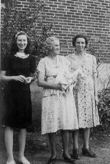 Clara Mueller 4 generation picture