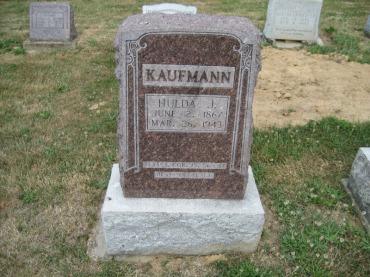 Hulda Kaufmann gravestone Trinity Altenburg MO