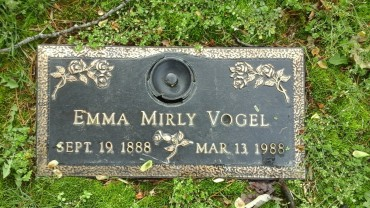 Emma Vogel gravestone Cape Memorial Cape Girardeau MO